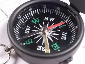 compass_pointing_to_southeast