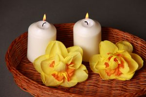 candles for holistic treatment